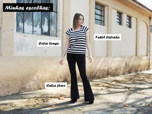 Cíntia Cortez consultora de estilo usa t-shirt listrada em preto e branco