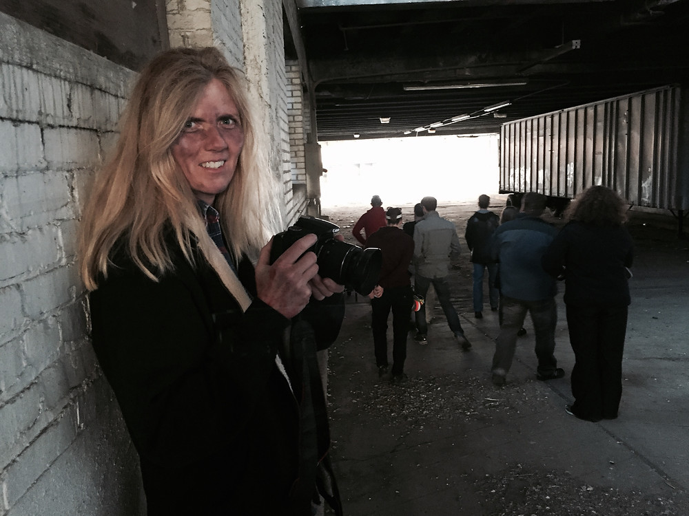 Jenifer as Zombie photographer