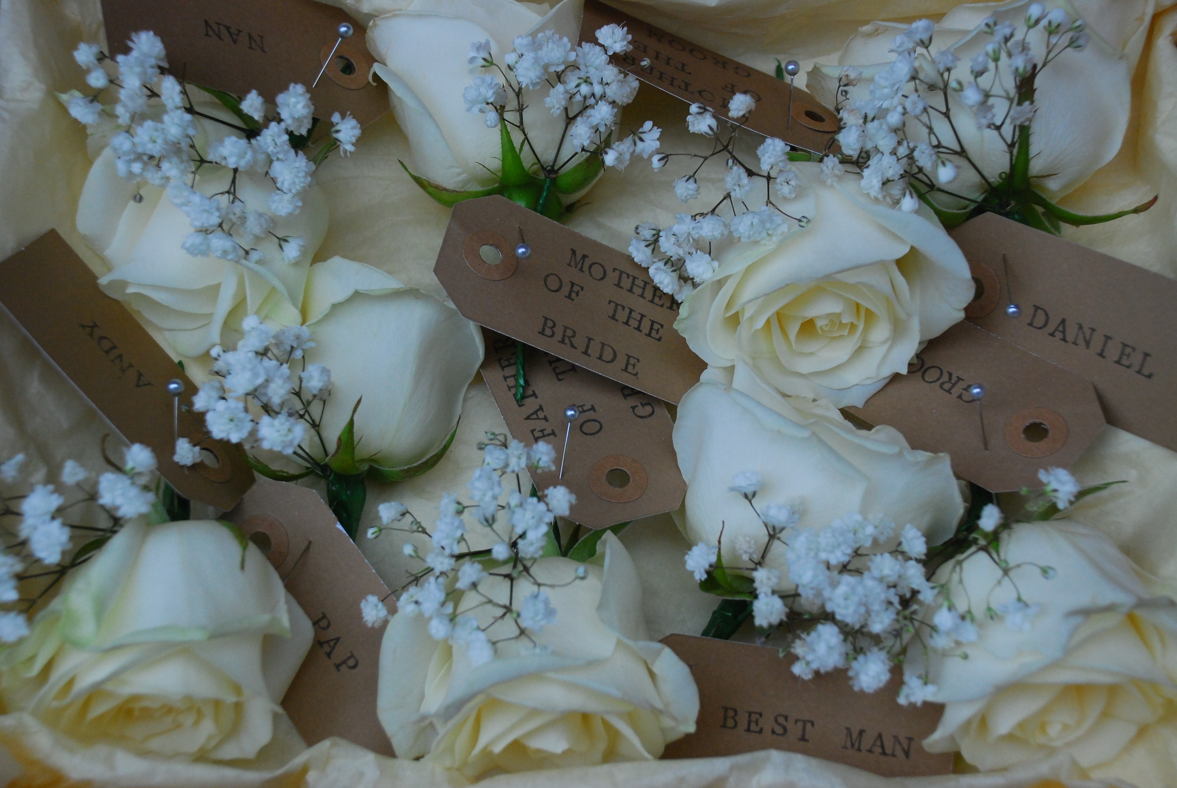 Buttonholes White Rose with love and ros