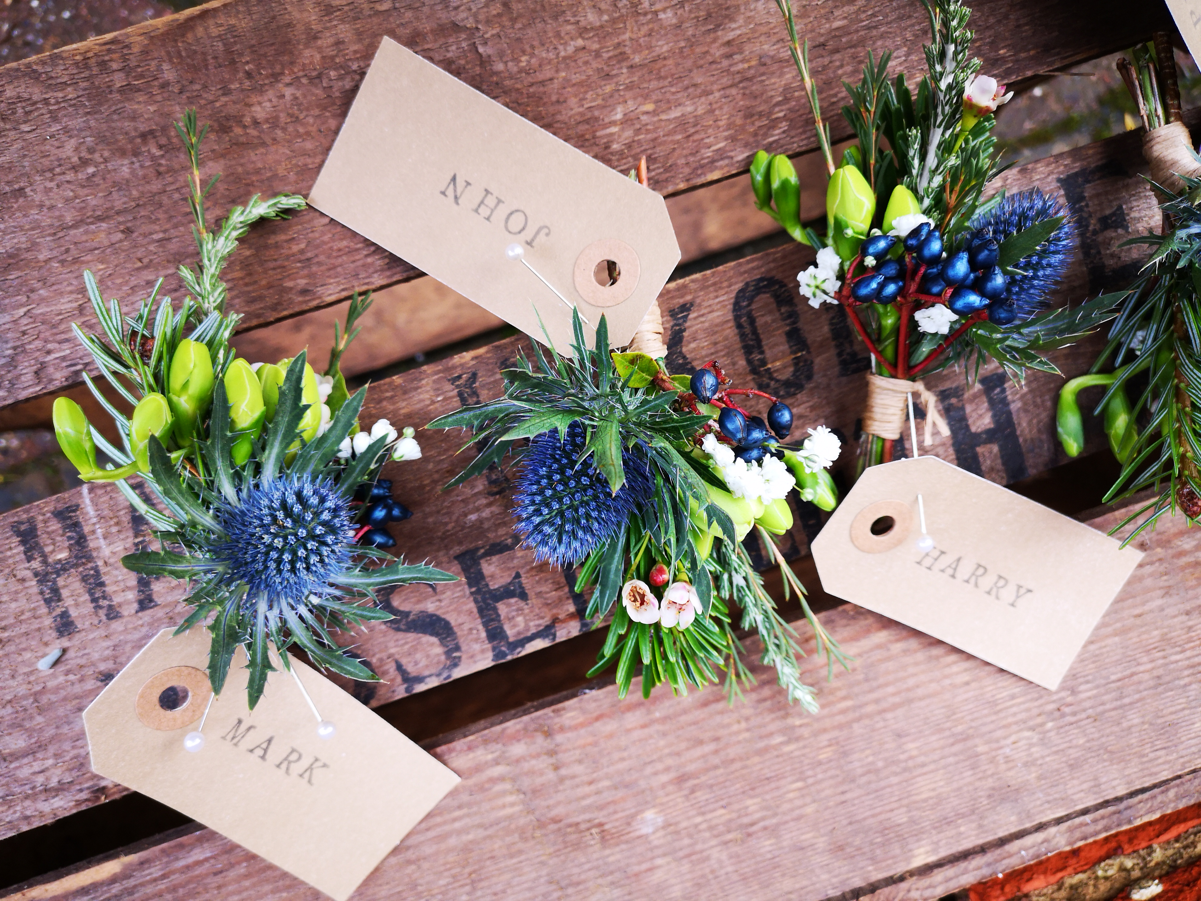 buttonholes winter wedding dodford manor