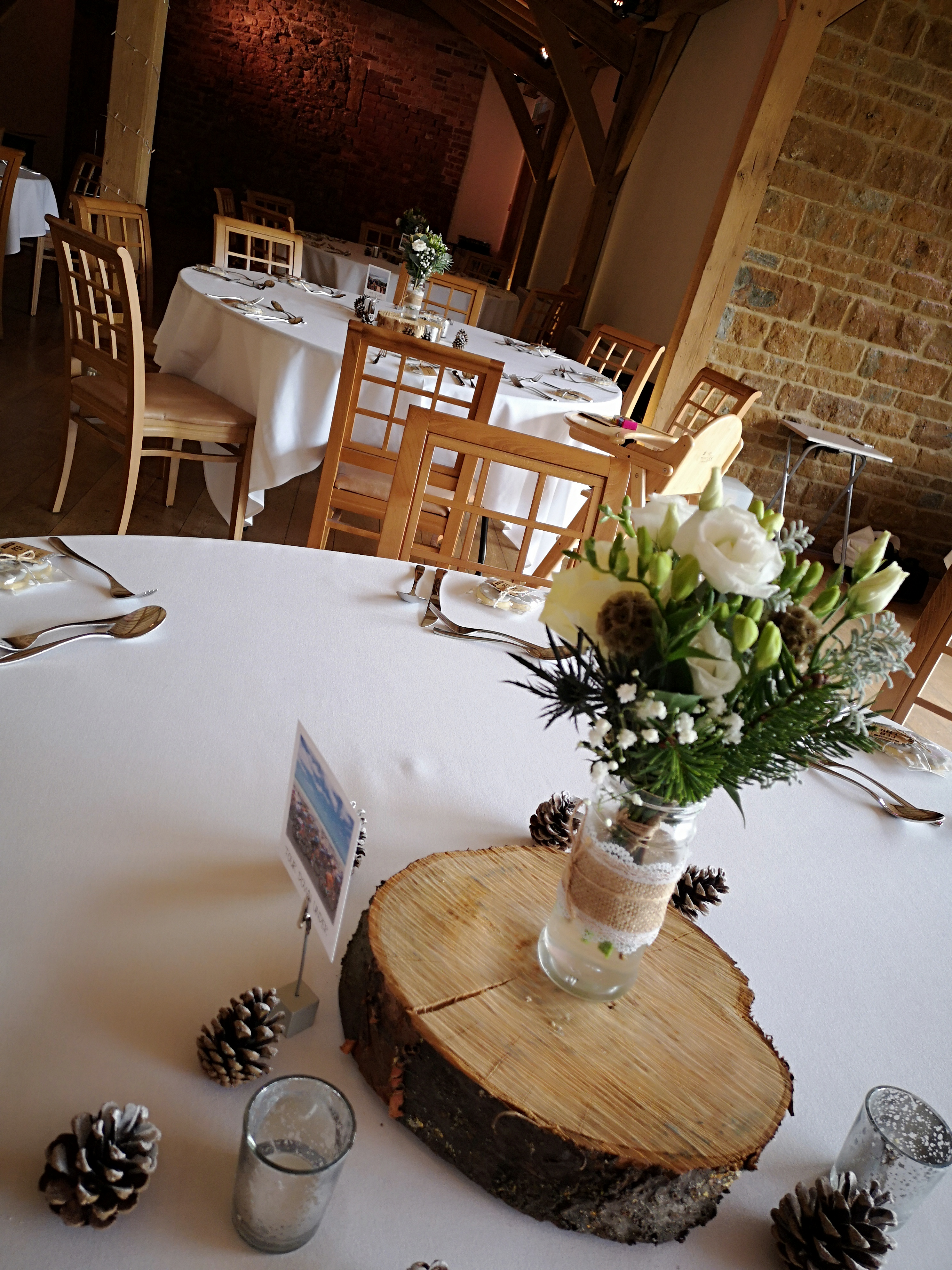 reception room flowers dodford manor win