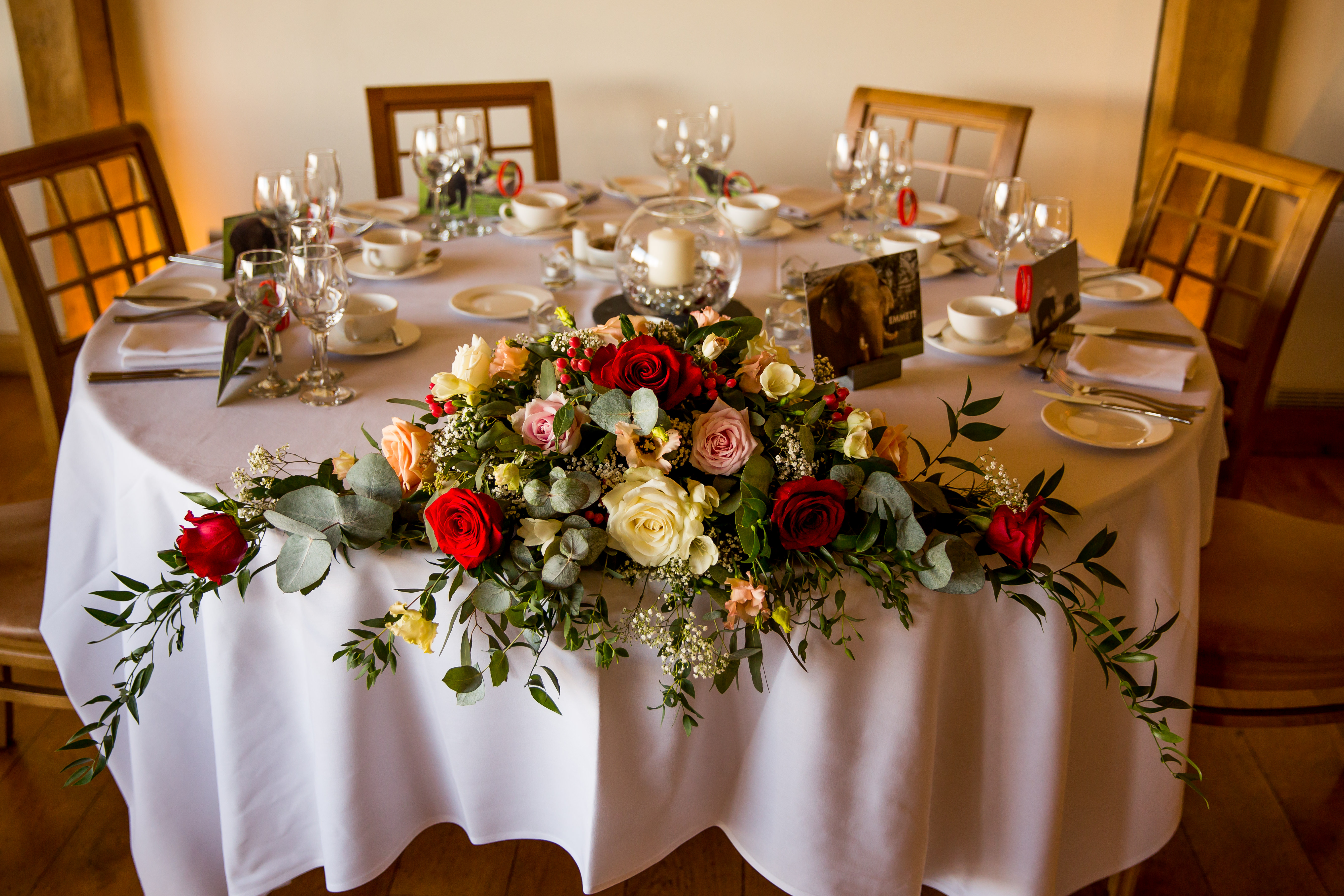 reception decor top table flowers dodfor