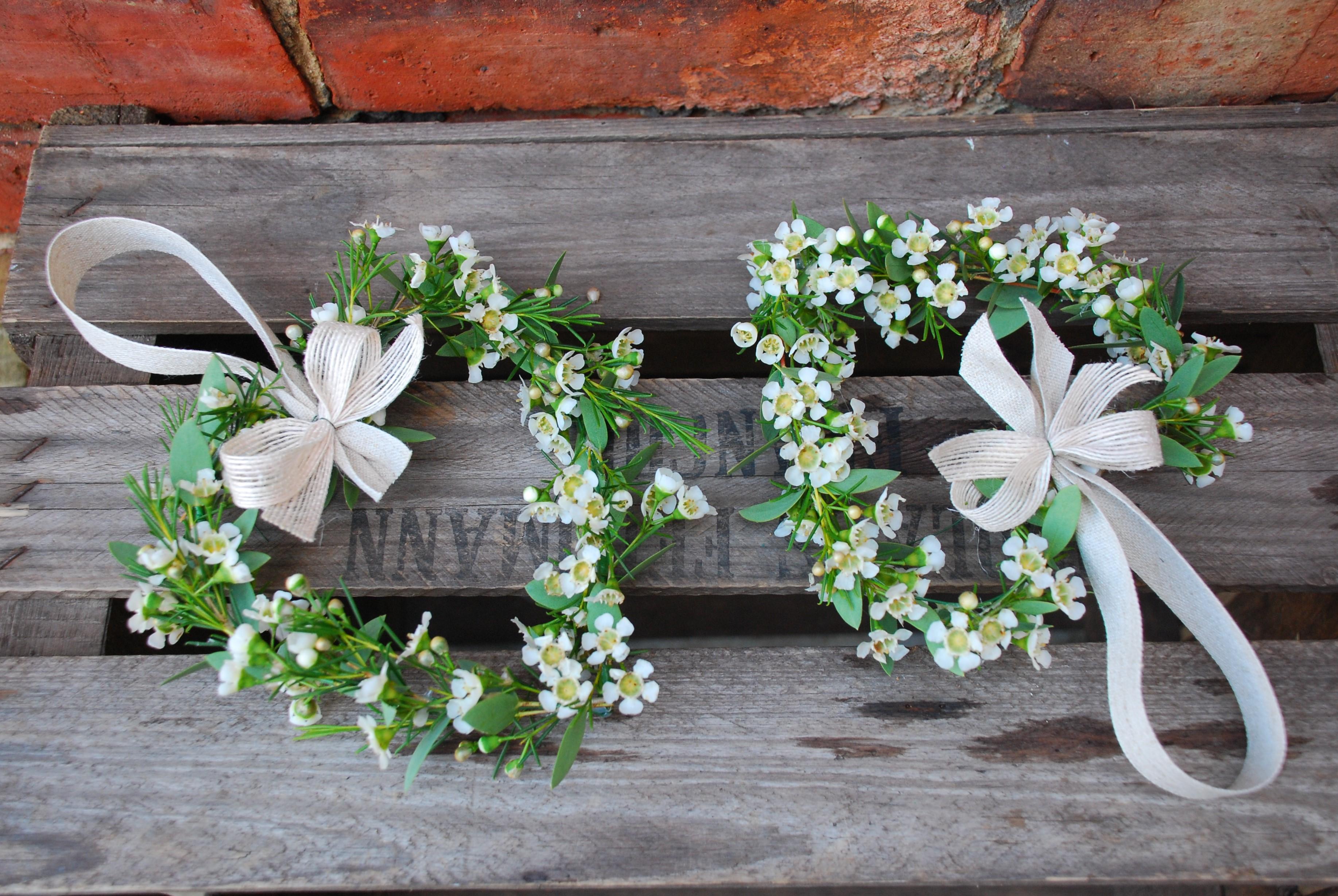 Flower girl hearts Flower girl Flowers W