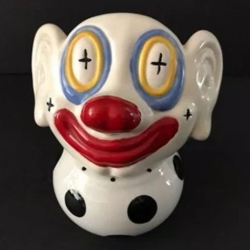 Clown Figurine Rental