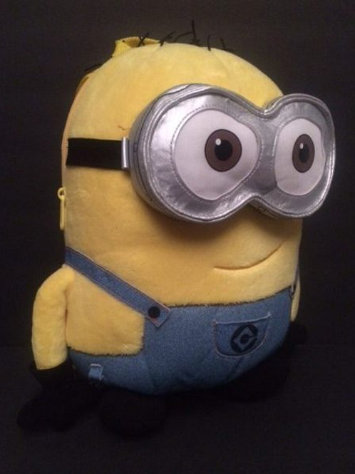 Minion-Bob Backpack Rental