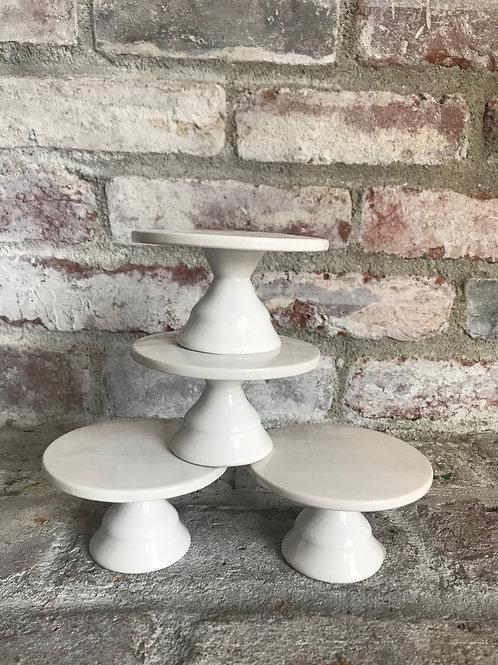 Set of 4 White Cupcake Stand Rental