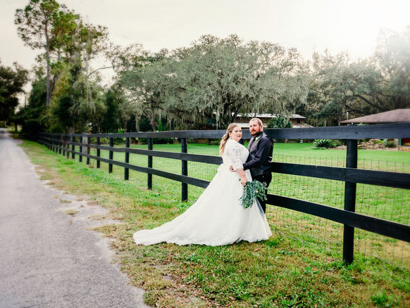 Wedding at Southern Streams Ranch by www.timelesstampa.com
