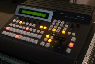 マルチフォーマットライブスイッチャー  Panasonic AV-HS400A