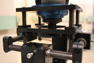 K&L コンパクト3軸アイソレーター