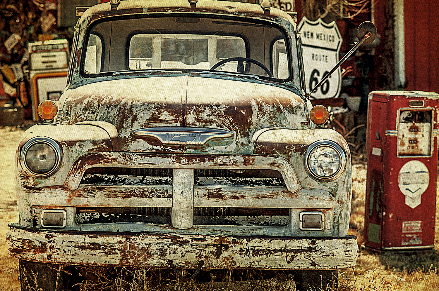 Rusty Ford Route 66