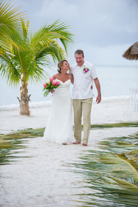 Married and barefoot