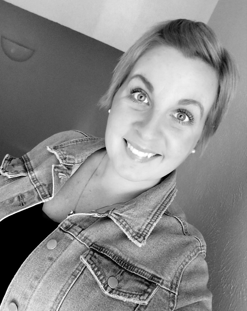 black and white photo of Nicole Fisher