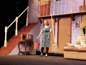 Belinda, Noises Off