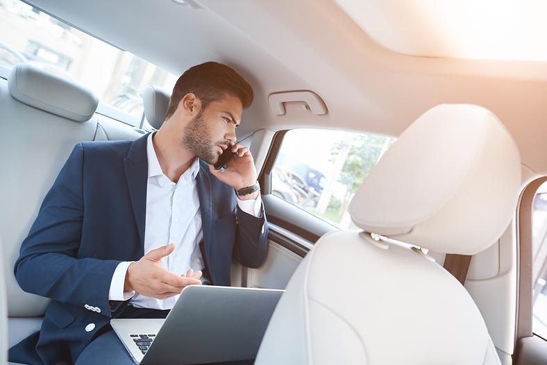 Corporate Car Servicee (2).png