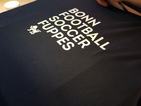 Team AM: T-Shirt Design und Druck