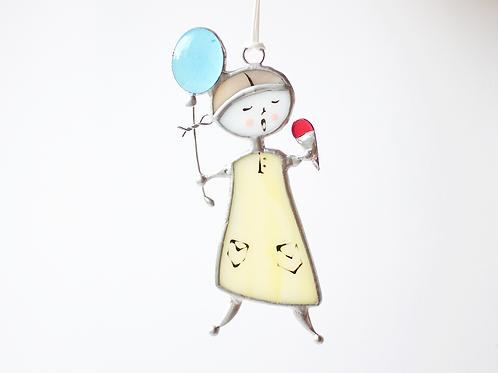 Витражная подвеска 'Девочка с мороженым'