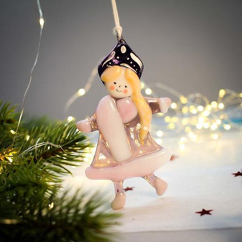 Новогодняя игрушка 'Снегурочка' (розовая шубка)