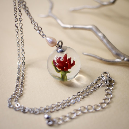 Кулон 'Цветок в льдинке'