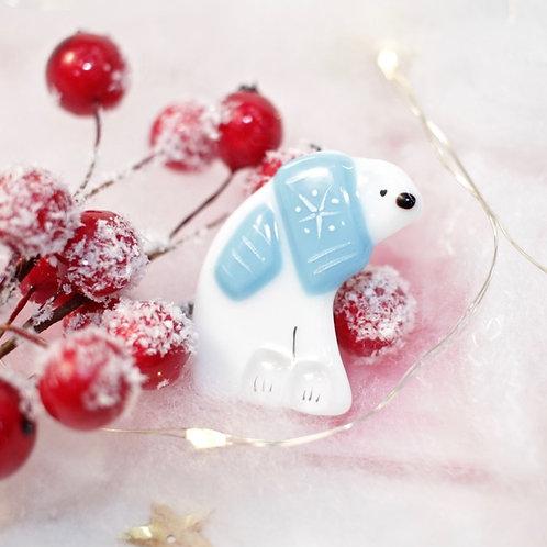 Брошка 'Белый мишка' (голубой шарфик)
