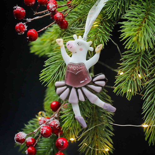 Новогодняя игрушка 'Коровка балеринка'