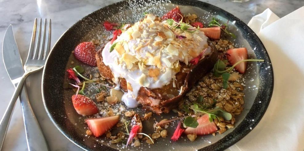 Baddies brunch menu Insta-worthy