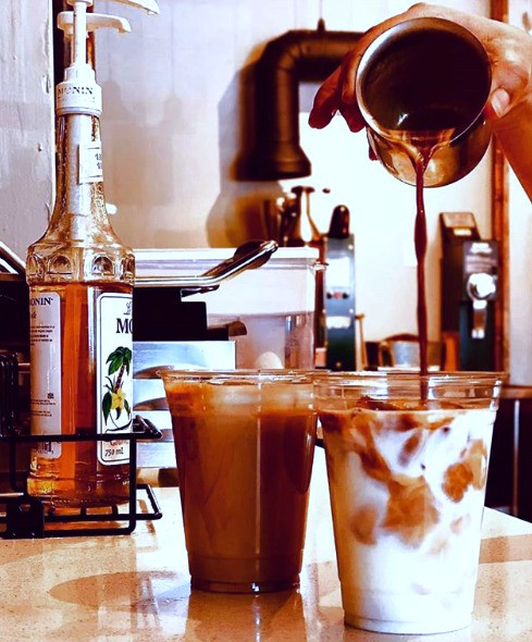 Mofer Coffee iced lattes