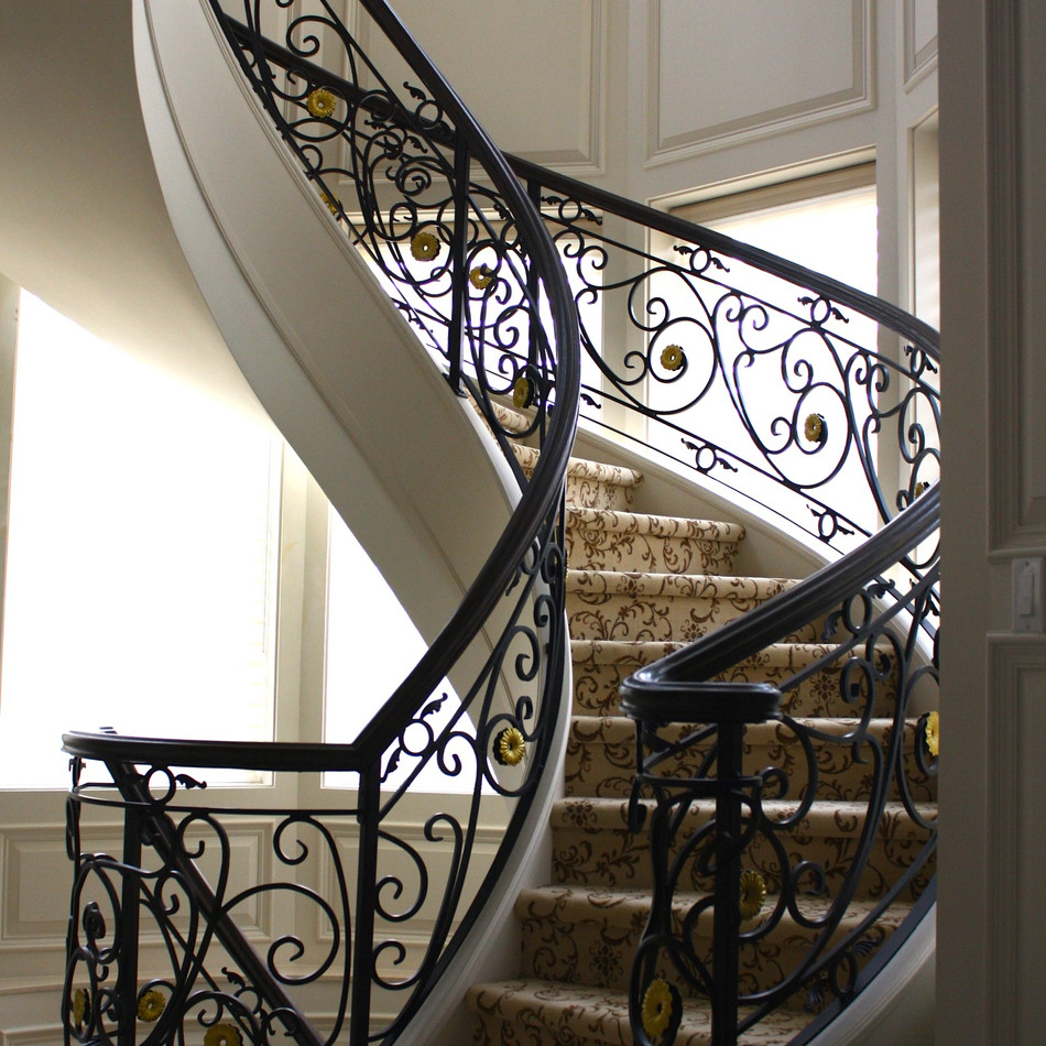 CURVED IRON RAILINGS