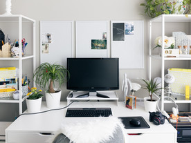 Freelancing vs working in-house: which is better?