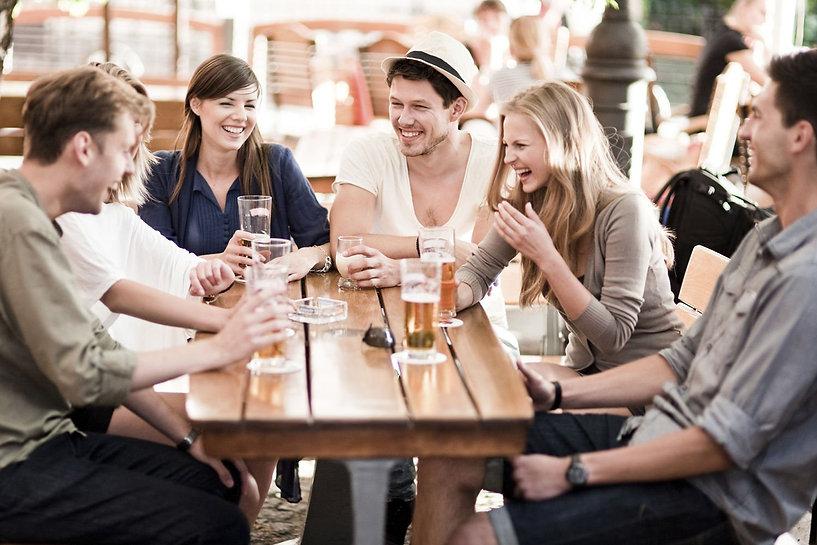 03-friends-drinking-main.jpg