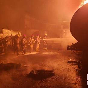 9-1-1 informa que fue extinguido el incendio en Villa Aura; Salud Pública confirma 4 afectados