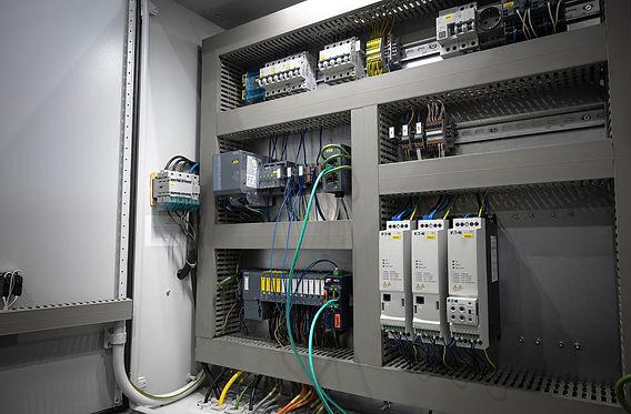 technology support-PLC programmeur.jpg