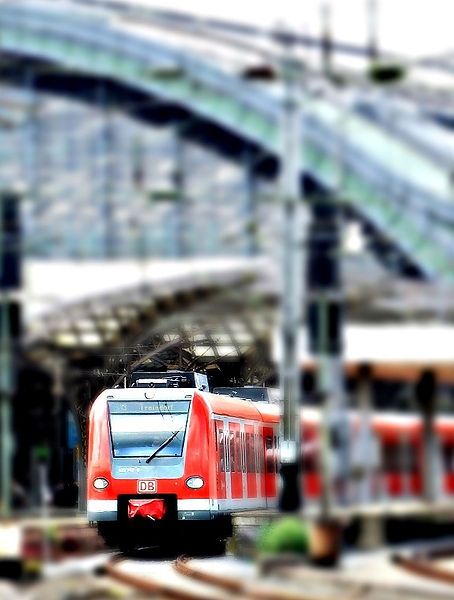 catenary-central-station-city-163580_edi