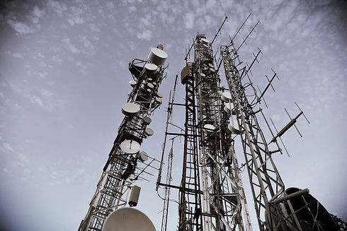 antenna-cell-tower-cellphone-masts-27028