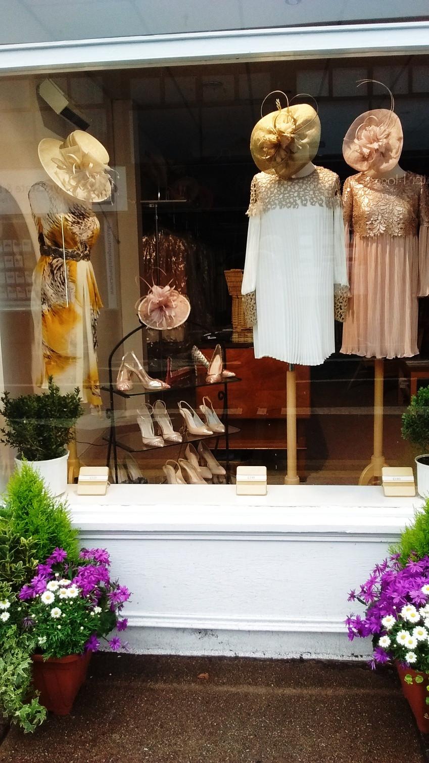 L_Occasionwear_Ayr_Glasgow_Carla_Ruiz_Dresses