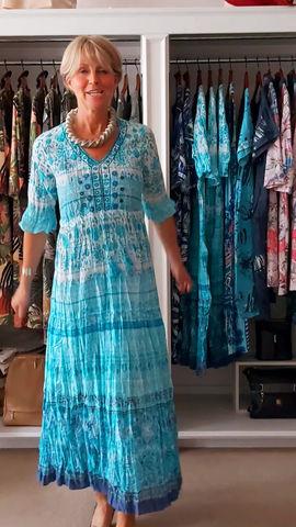 Summer needs a fab summer dress!👗😎