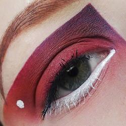 #color #pop #art #makeupartist #makeup #maquillage #drawing #lip #liner #colorful #makeupjunkie #mas