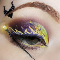 Disneybound serie _I wanted to start a makeup serie based on Disney vilains 😈 (To be original lol)_