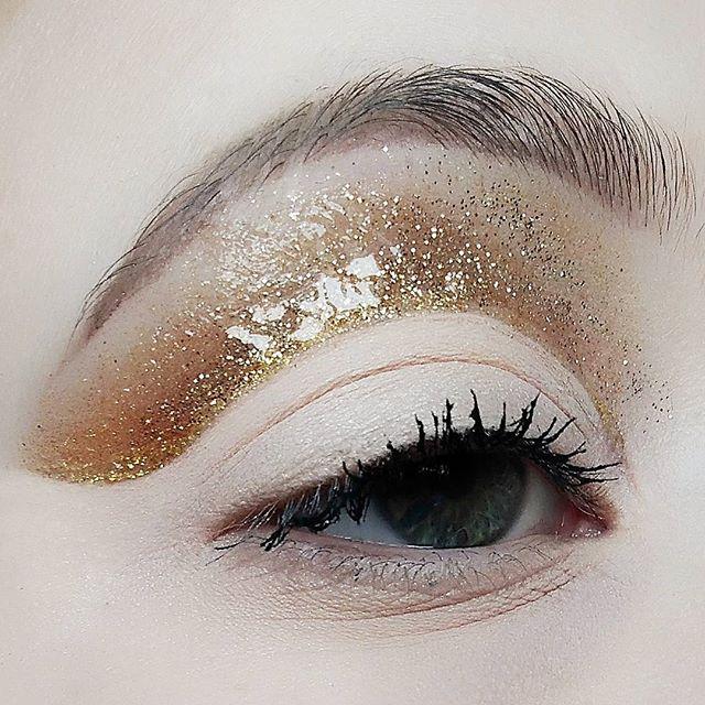 #makeupaddicts #undiscoverd_muas #anastasiabeverlyhills #norvina #mulac #buzzfeedbeauty #amazingmake
