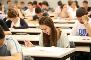 Generalitat de Catulunya - criterios de evaluación PAU 2013 de personas con dislexia