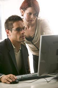 SUMDIS buscar pro-activamente información sobre Dislexia y TDAH en la red