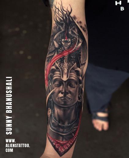 Aliens Tattoo - Realism Tattoo - Kali Tattoo