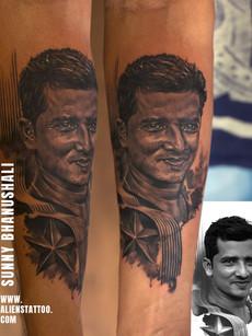 portrait-tattoo-aliens-tattoo-india_