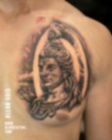 realistic-tattoo-at-aliens-tattoo