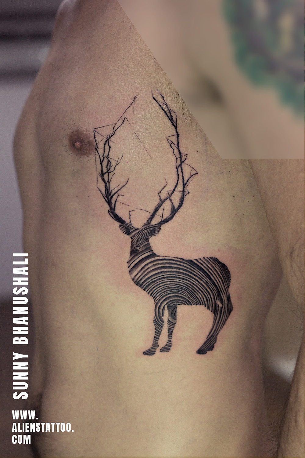 Deer Tattoo - Animal Tattoo - Aliens Tattoo