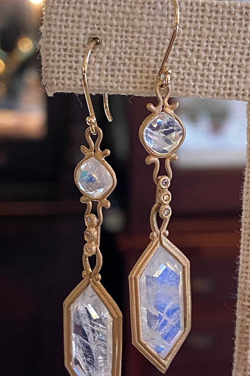 14Kt moonstone earrings