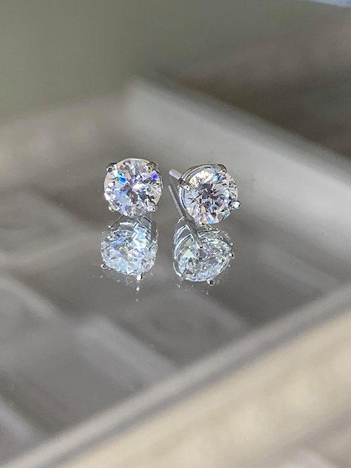 14KT Diamond studs