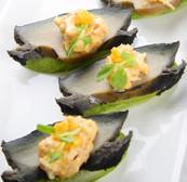金沙蟹肉黑翡翠鮑魚伴青瓜