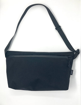 Zip sling bag (left shoulder)