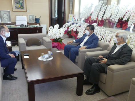 橋本副知事が着任の挨拶に来られました