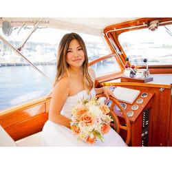 Photoshoot fun 🚤 🚣 #photoshoot #model #pnw #seattle #kirkland #boat #boating #captain #fun #weddin